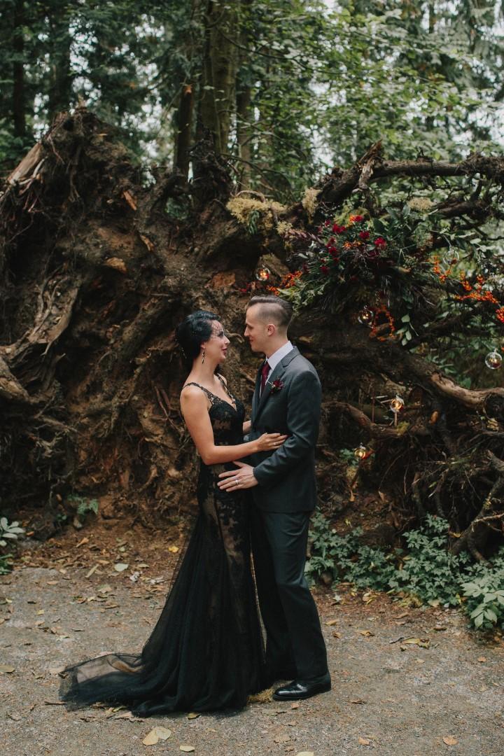 Bride and Groom Tree Roots Gothic Dark Elegance West Coast Weddings Magazine