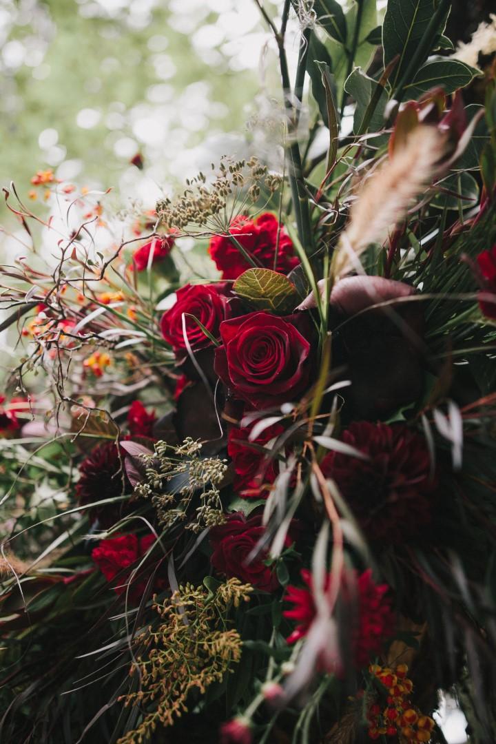 Floral design Fleurtacious by Lynda MarieGothic Dark Elegance West Coast Weddings Magazine