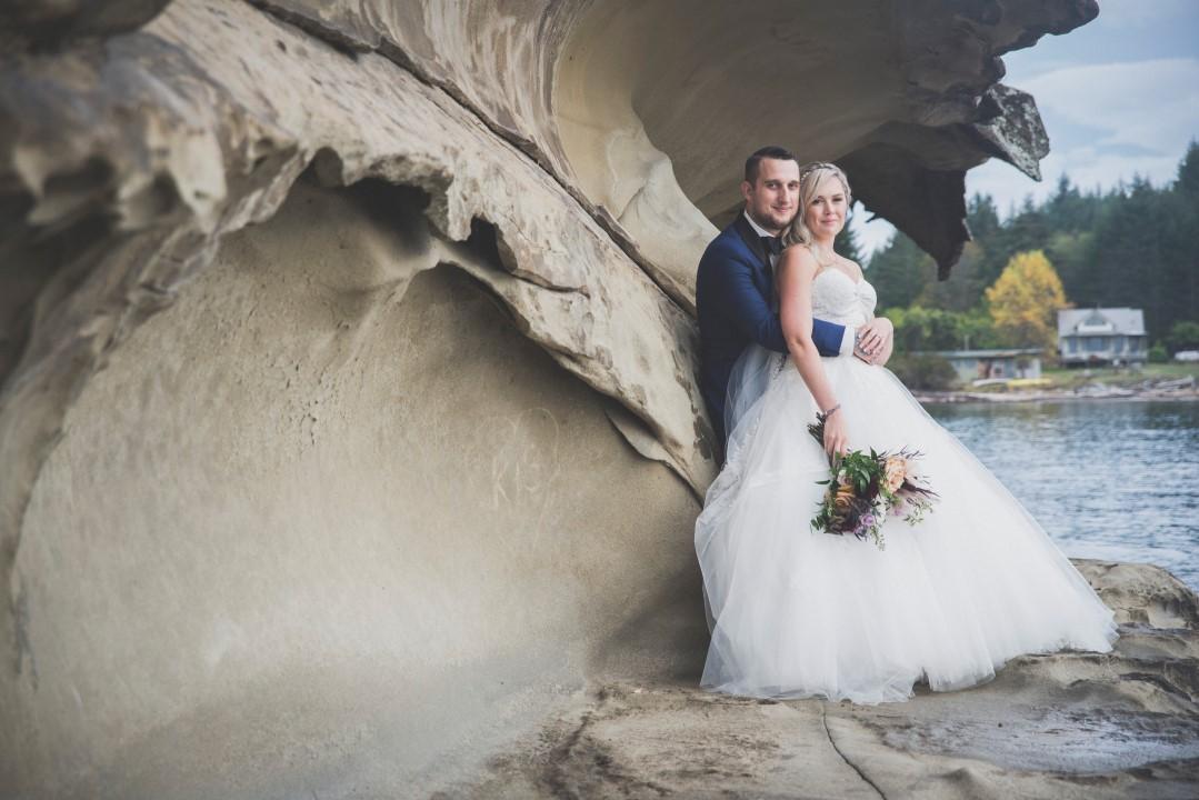Newlyweds by Rock Ocean View West Coast Weddings Magazine s