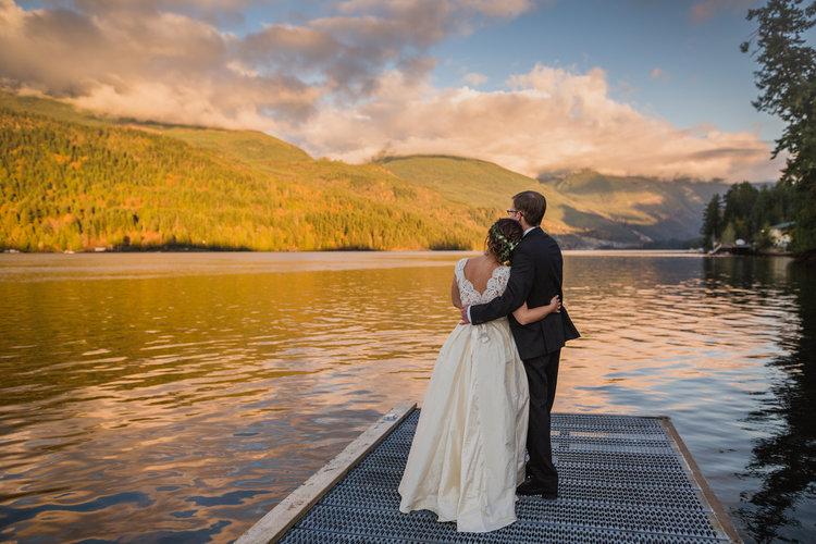 Newlyweds Watch Sunset Marnie & Drew Eco Friendly Inspired Wedding by Jennifer Picard Photography
