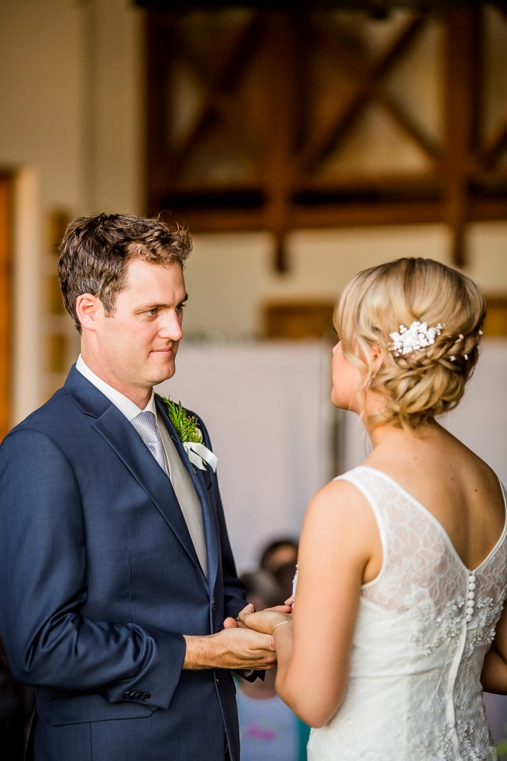 Saying Vows Suns Golden Kiss West Coast Weddings Magazine
