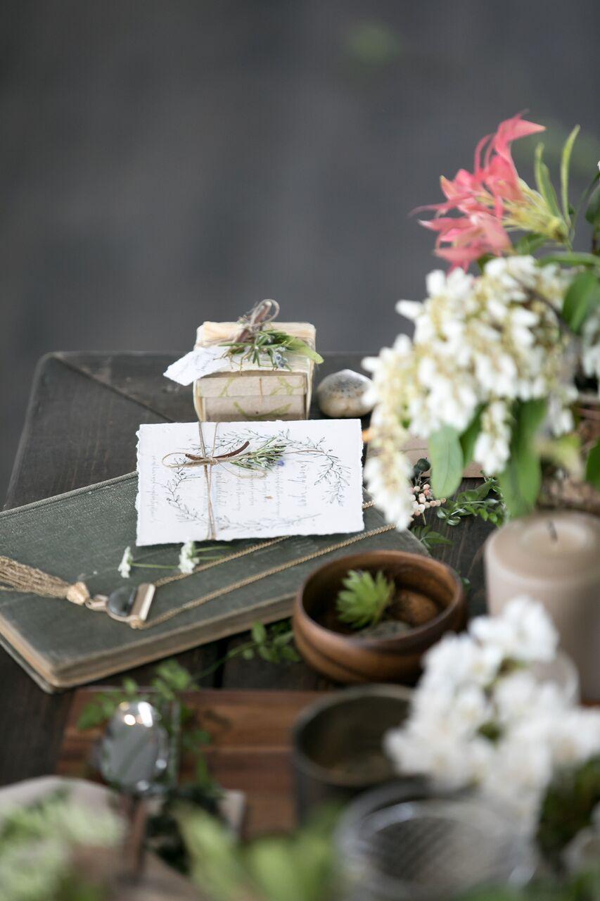 Eco Chic Wedding with Stylish Foraged Greenery Details West Coast Weddings Magazine