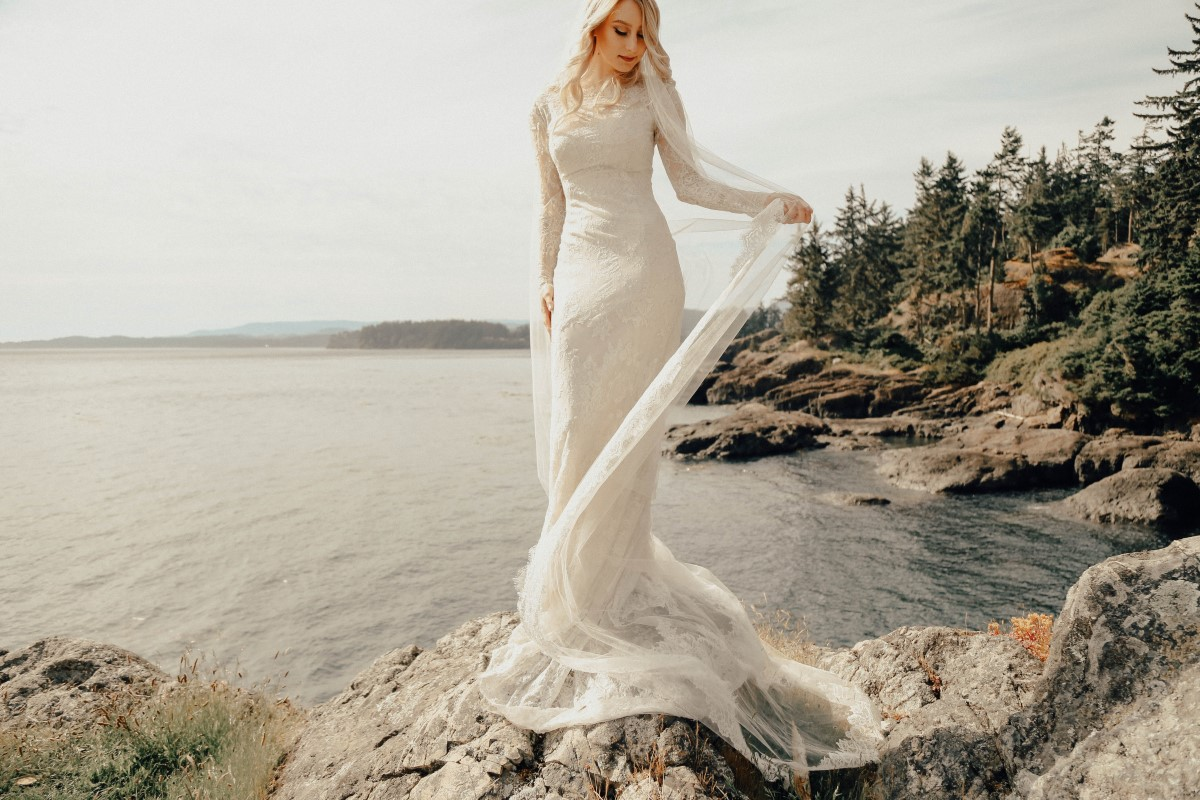 The Maggie Sottero Barefoot Bride Sessions West Coast Weddings Magazine Maggie Sottero
