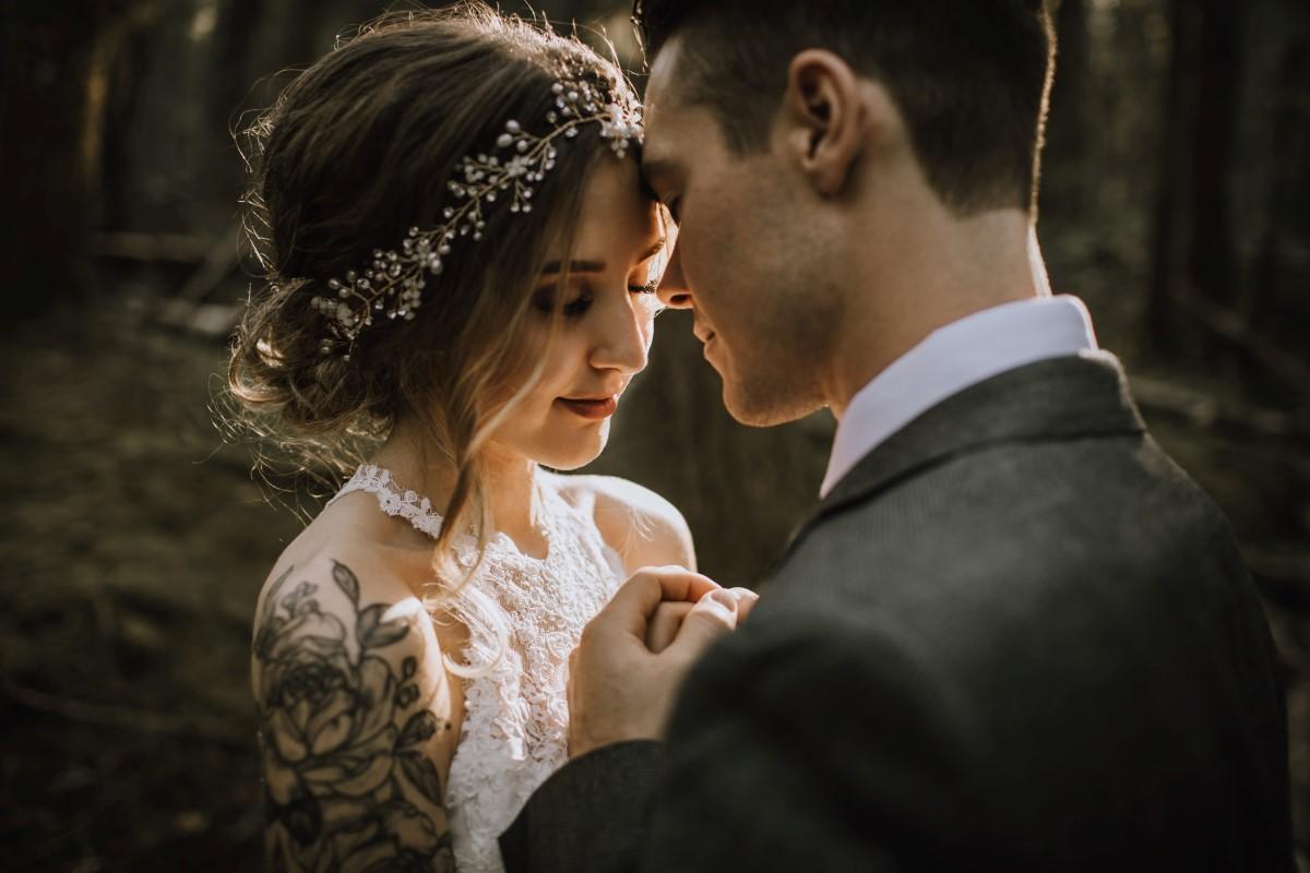 The Wedding of Taylor & Sheldon By The Lake West Coast Weddings Magazine Vancouver Island BC