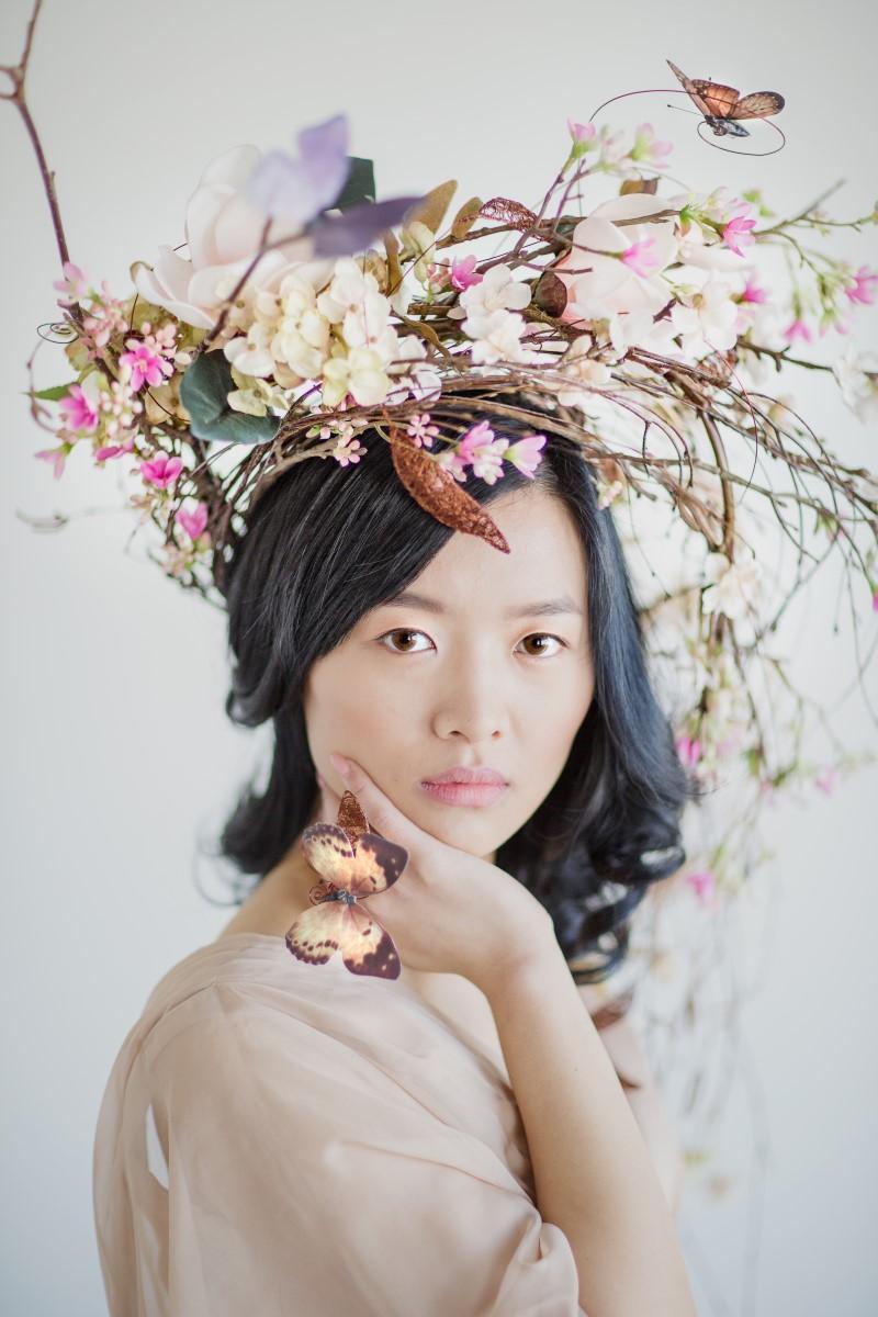 Floral Headdress Asian Botanical Beauty Maru Photography Deborah Lee Designs West Coast Weddings Magazine