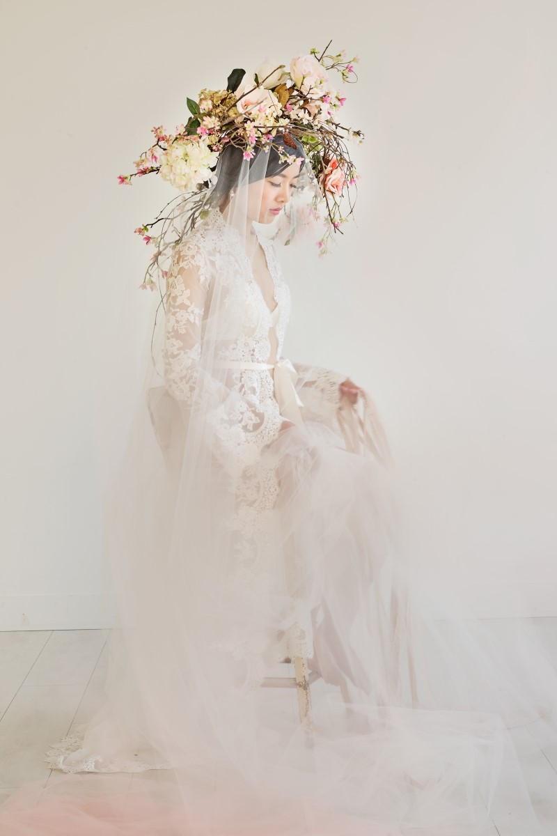 Asian Botanical Beauty Maru Photography Deborah Lee Designs West Coast Weddings Magazine
