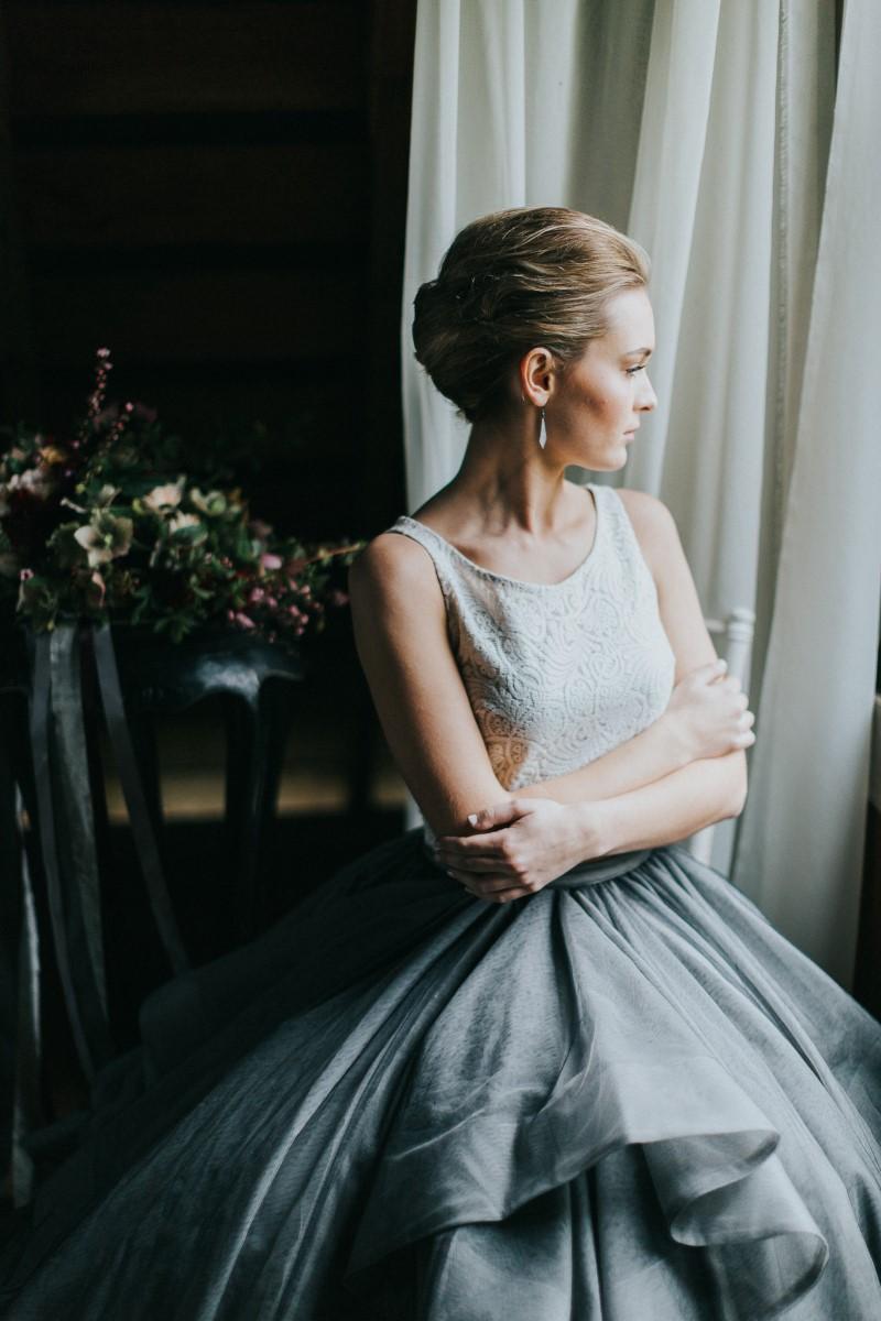 Perfect Bride Moody Blue Romance Summer Rayne Photo West Coast Weddings Magazine