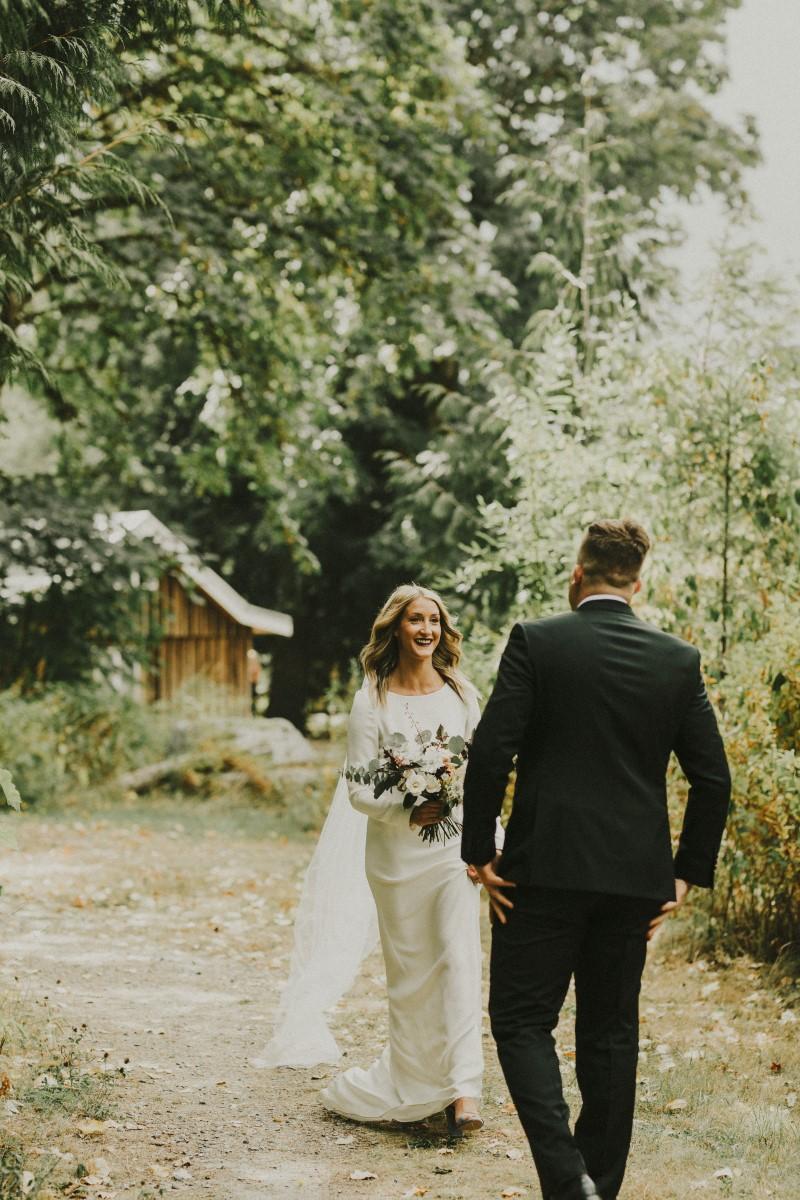 First Look Elegant Woodland West Coast Weddings Magazine Vancovuer