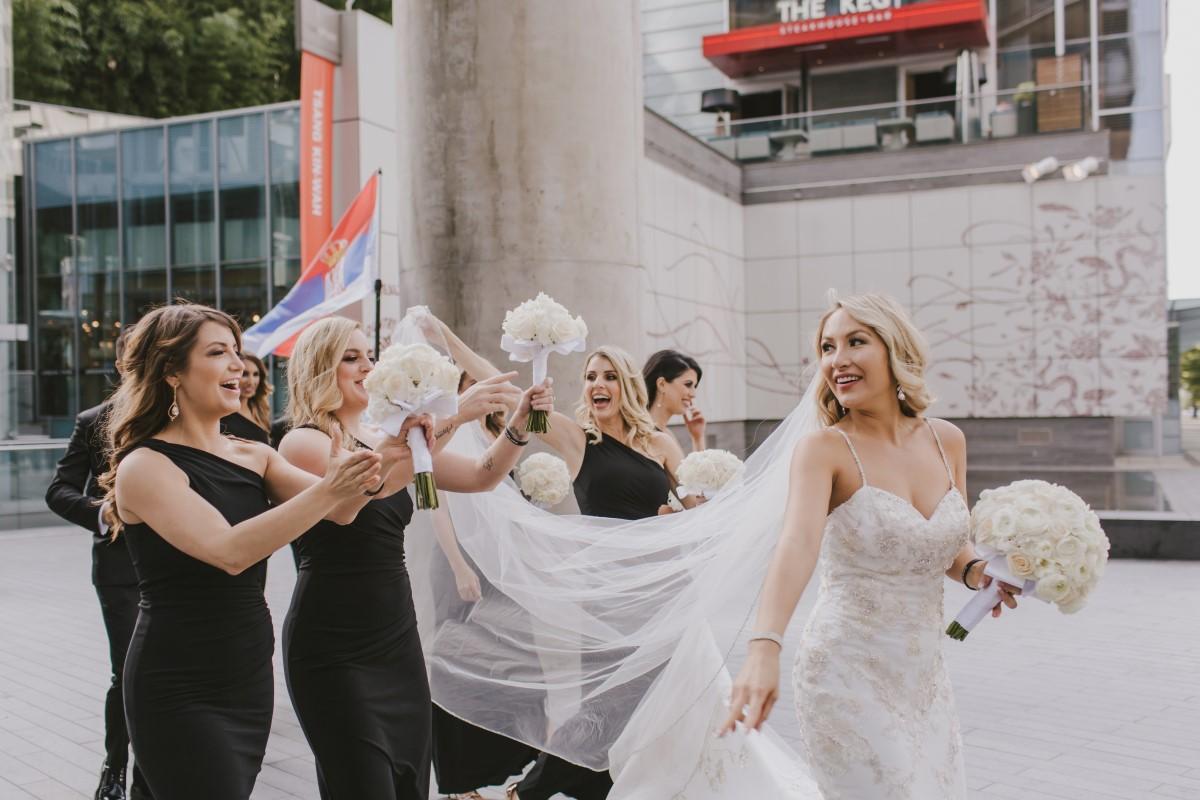 Bridesmaids Help BrideKayseeb abd Stevan Silk Sophistication Ophelia Photography Vancouver West Coast Weddings Magazine
