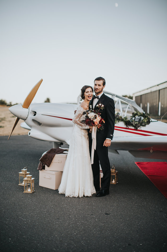 Come Fly With Me Romantic Vintage Inspiration Rivkah Photography Vancouver Island Wedding Magazine