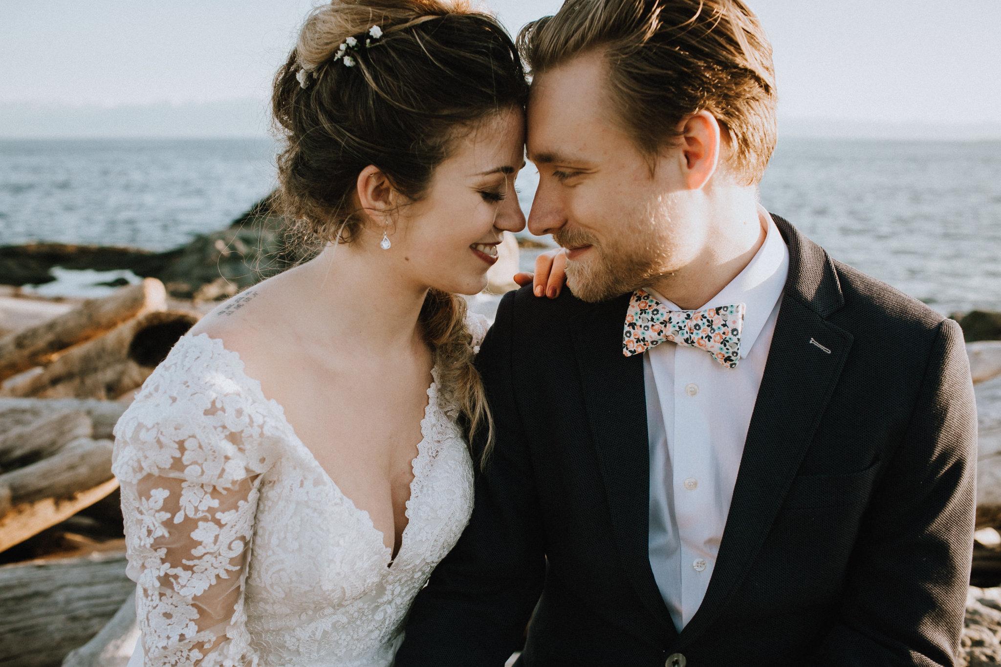 Beach Bridal Session V Neck Lis Simon Lace Gown West Coast Weddiings Magazine