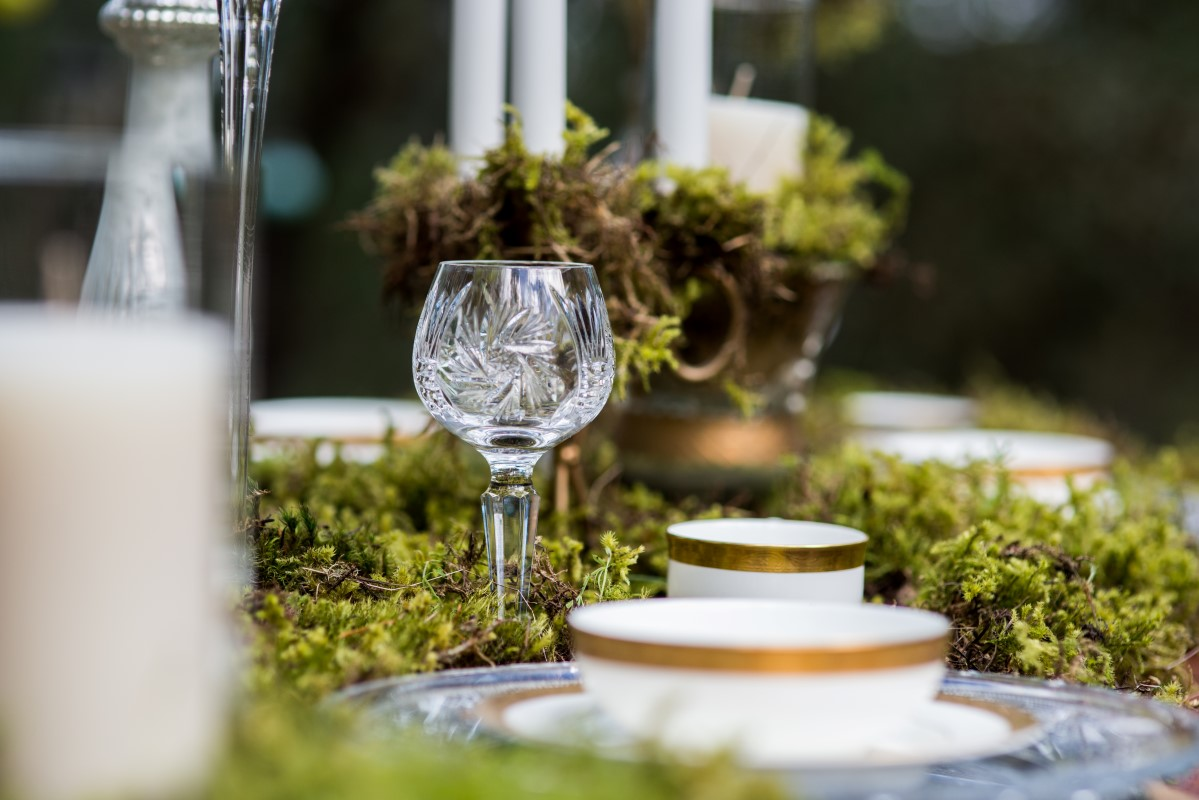 Enchanted Forest Table Design Gold Edged Plates by Beauty Bride West Coast Weddings Magazine