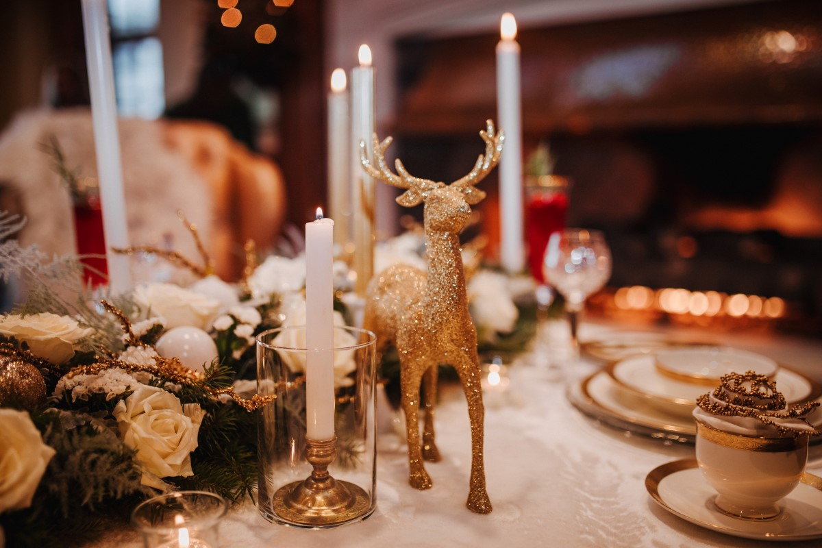 Holiday Glamour at Oak Bay Beach Hotel   Tasha Cline Photography   Beauty Bride   Cake by Taryn   Jennigs the Florist   Bliss Gowns & Events   Madison Paige Hair   Pretty Please Makeup Artistry   Gold and Candle Table Decor