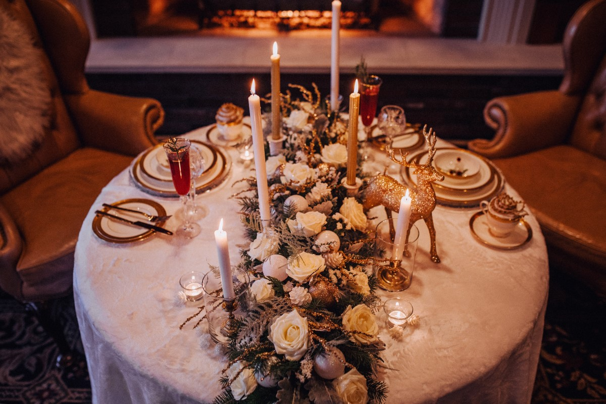 Holiday Glamour at Oak Bay Beach Hotel   Tasha Cline Photography   Beauty Bride   Cake by Taryn   Jennigs the Florist   Bliss Gowns & Events   Madison Paige Hair   Pretty Please Makeup Artistry   Gold Edged Table Settings
