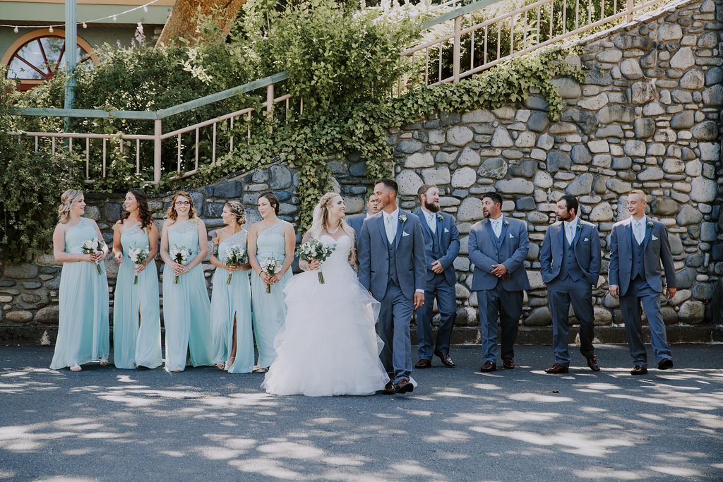 Painters Lodge Wedding Party Mint Bridesmaids Gowns Vancouver Island Wedding Magazine