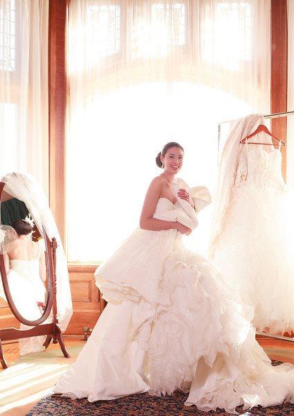 brides-closet-by-vivid-2