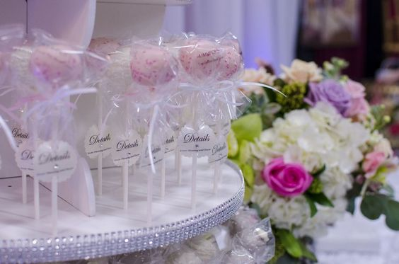 Cakepop Wedding Favours
