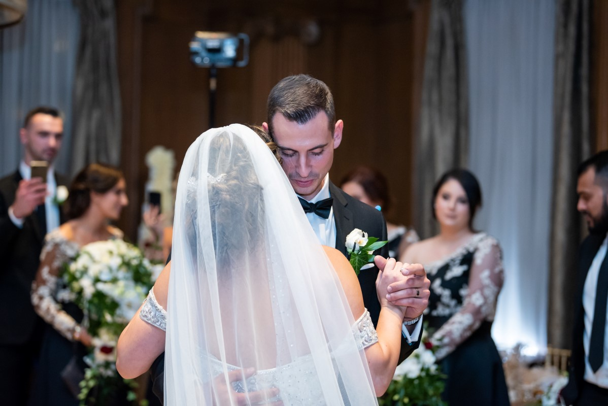 Newlyweds share first dance in the spotlight at Vancouver Club