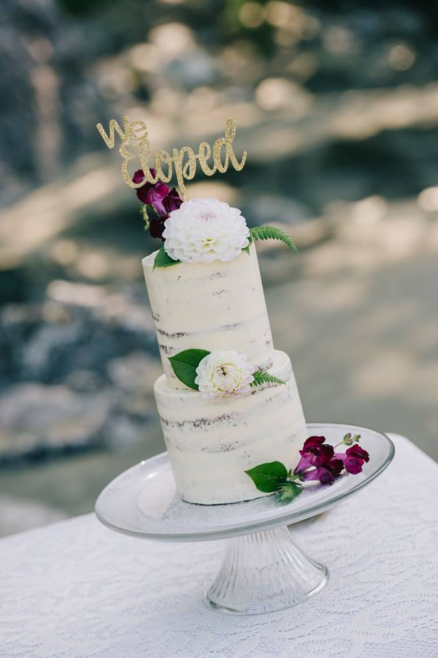 Tofino Elopement Wedding Cake on the Beach by Tofino Cake Studio