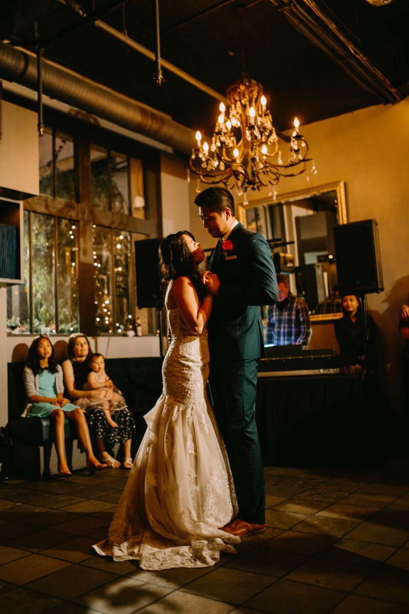 Chinese Newlyweds First Dance at Brix and Morter in Vancouver