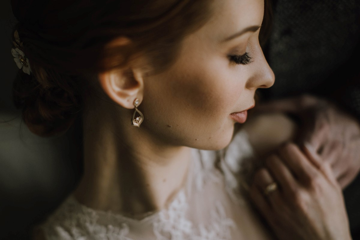 Sophisticated Bridal Hair Design and Makeup on Vancouver Island