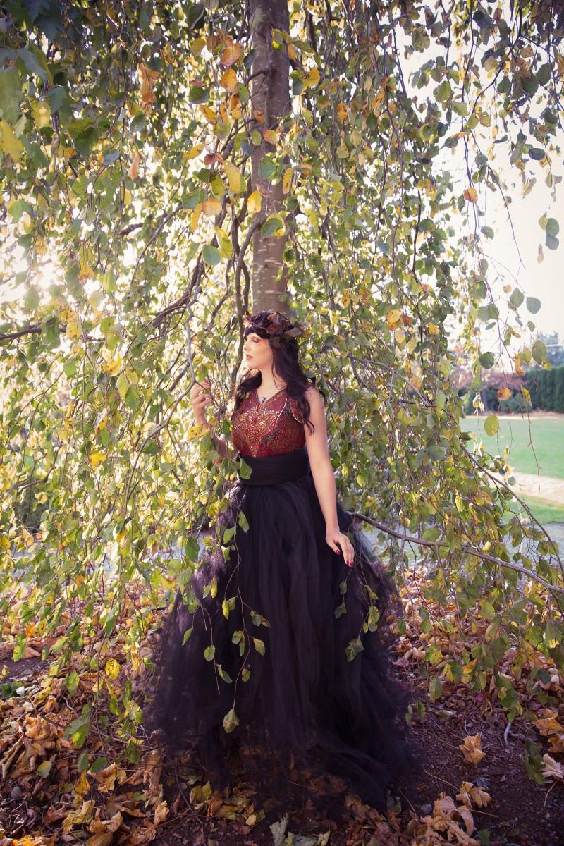 Fall Queen Wedding Royalty Inspiration