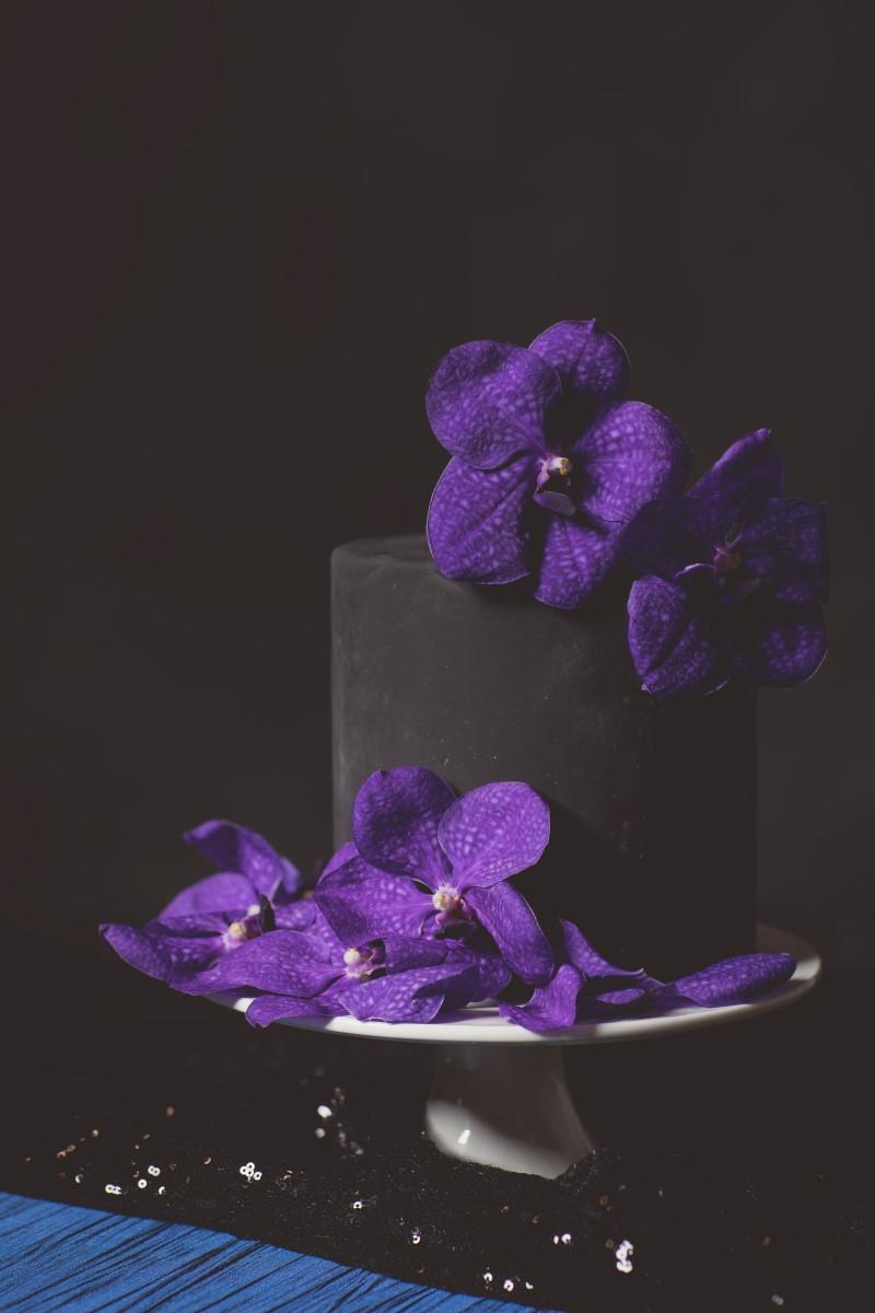 Purple Hydrangea on Dark Wedding Cake by Momo Chen Cakes