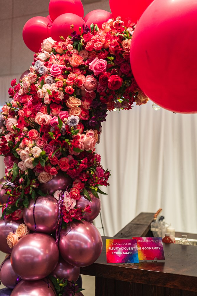 Pink Ballons and flowers around Twist Victoria at the Vancouver Island Wedding Awards Gala by Fleurtacious