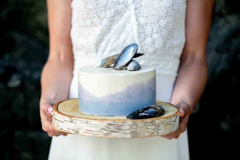 West Coast Weddings Rainforest Vows Cake by Wickaninnish Inn