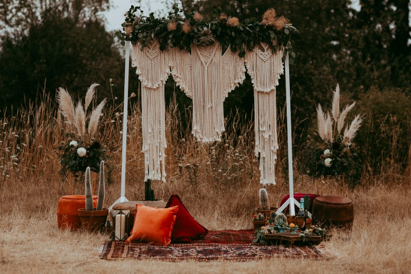 Stylish Southwest Wedding Backdrop by Art & Soul Creative