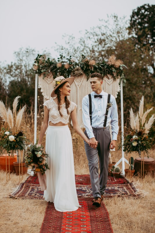 Vancouver Island Stylish Southwest Bride and Groom Planned by Champagne Rose Events