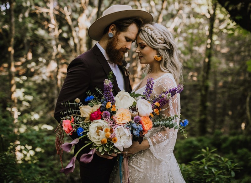 West Coast Newlyweds with Bouquet Captured by Myrtle and Moss Photography