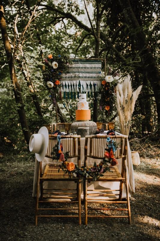 Love and Llama Wedding Decor by Trend Decor