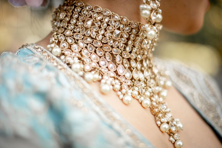 Diamond and pearl gold Necklace Gehna Jewelry on Indian Bride by Key Events and Weddings Vancouver