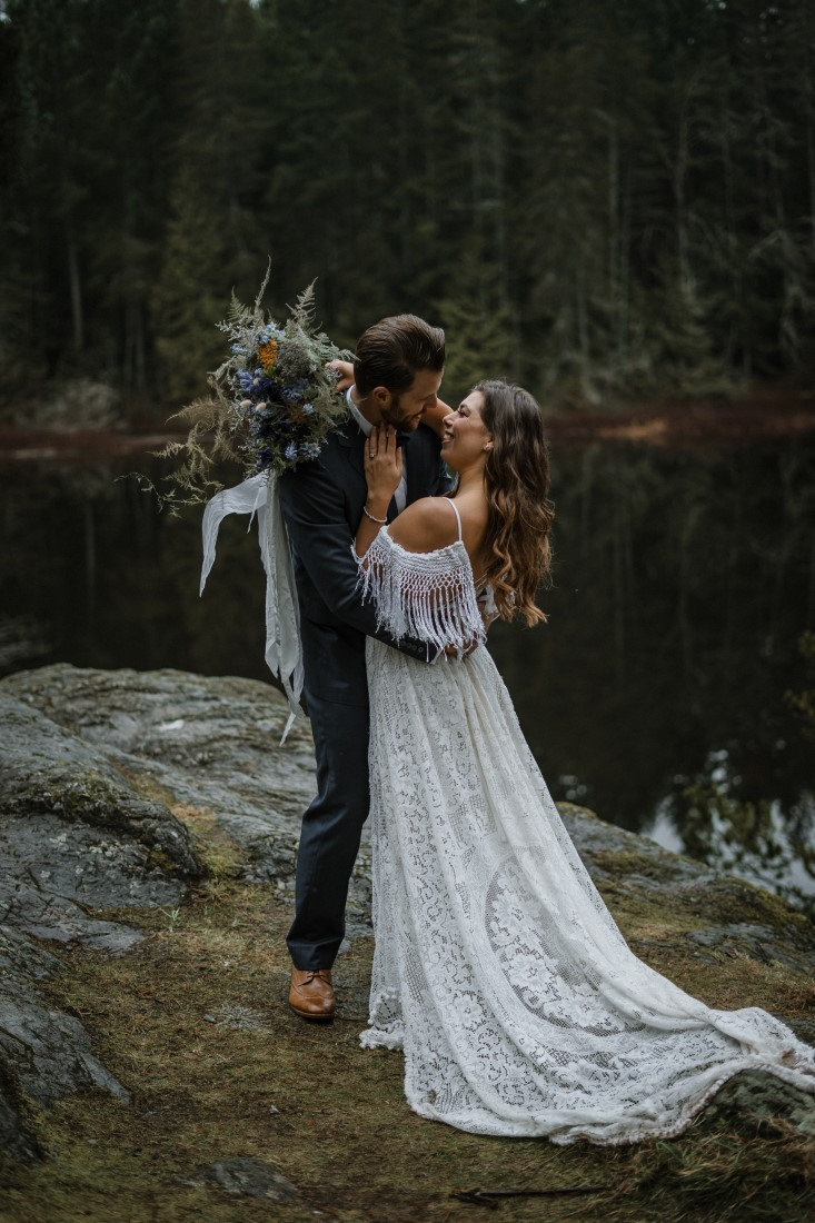 Newlyweds at Vancouver Island lake with House of Beauty