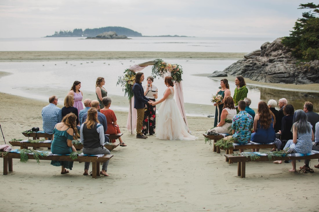 Tofino beach wedding ceremony by Michelle Milward Photography