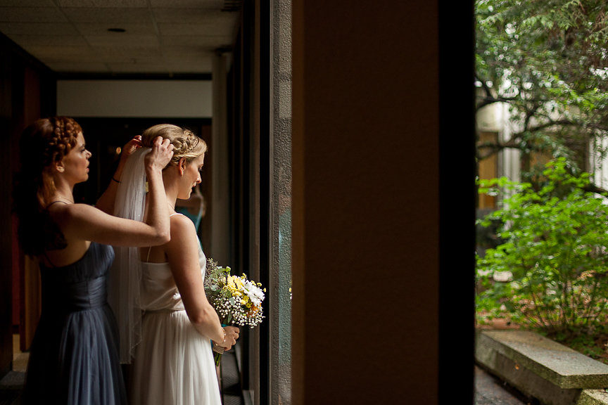 Bride begins her walk down the aisle at Museum of Vancouver