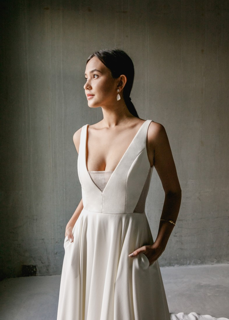 Aesling minimalist bridal gown with pockets designed in Vancouver