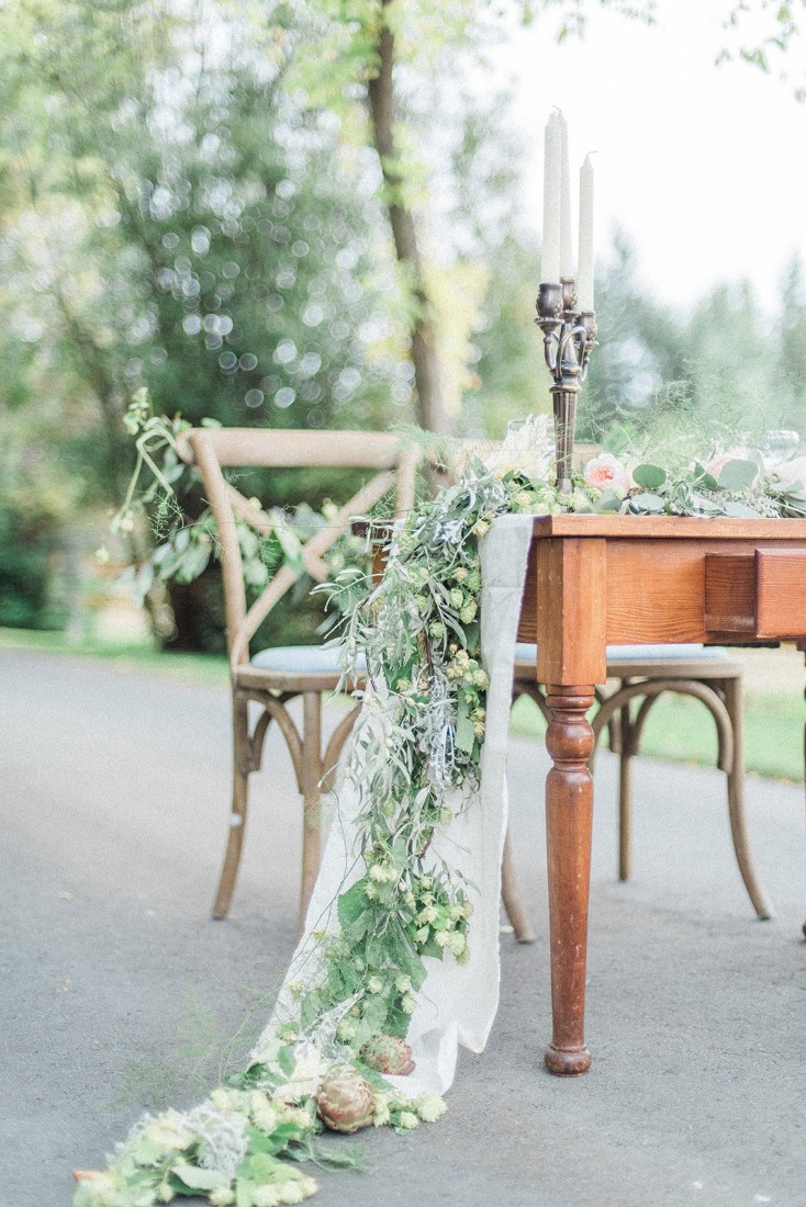 Floral cascades off edge of table