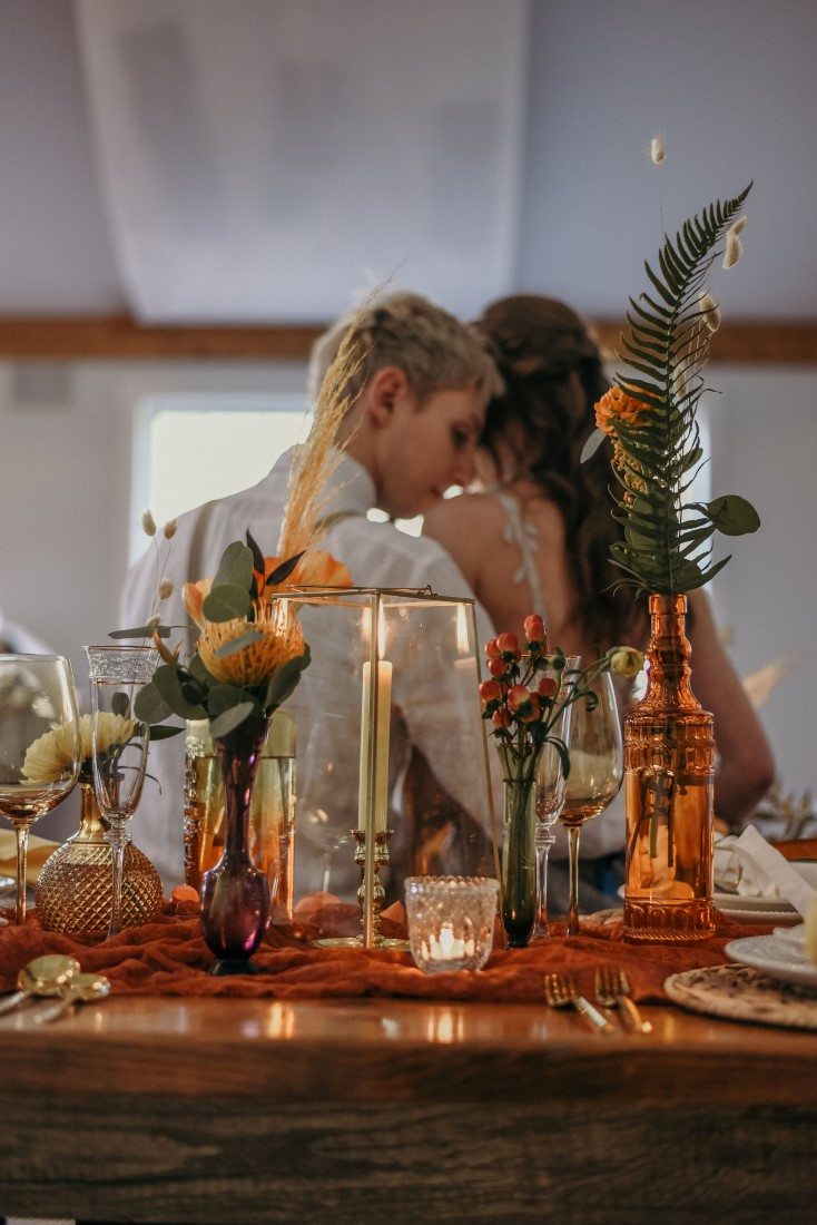 Deep Cove Winery Wedding Dayla Weiss Photo bohemian inspired tablescape