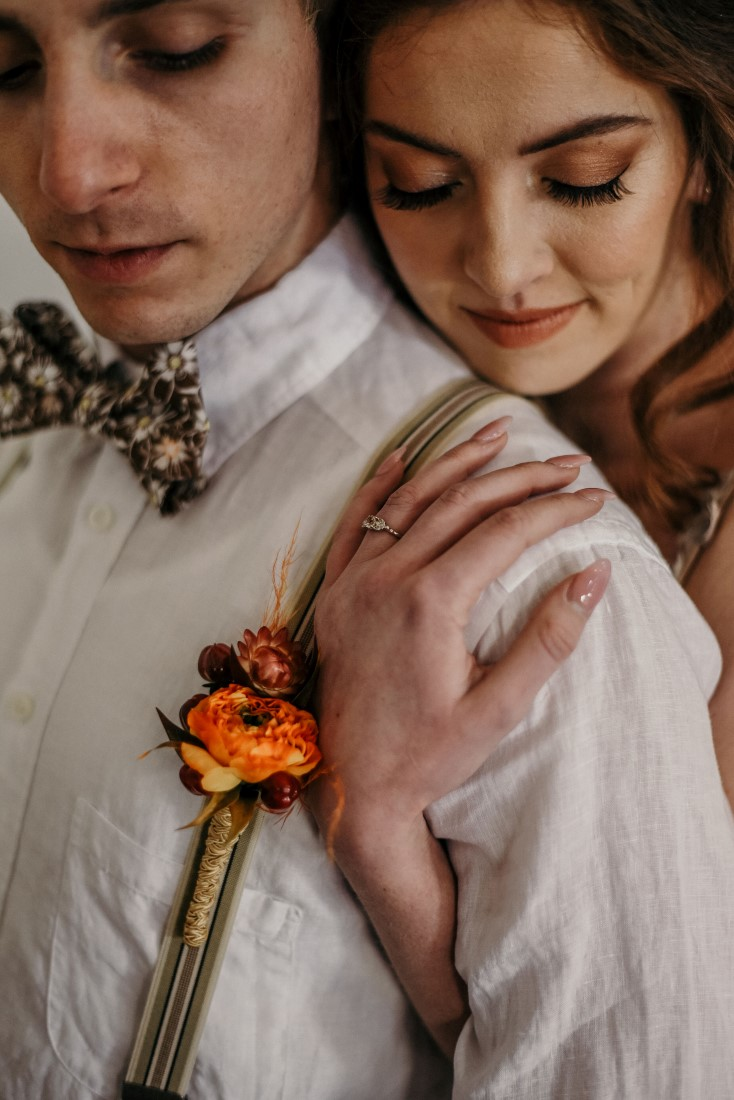 Deep Cove Winery Wedding Dayla Weiss Photo Groom and boutonniere