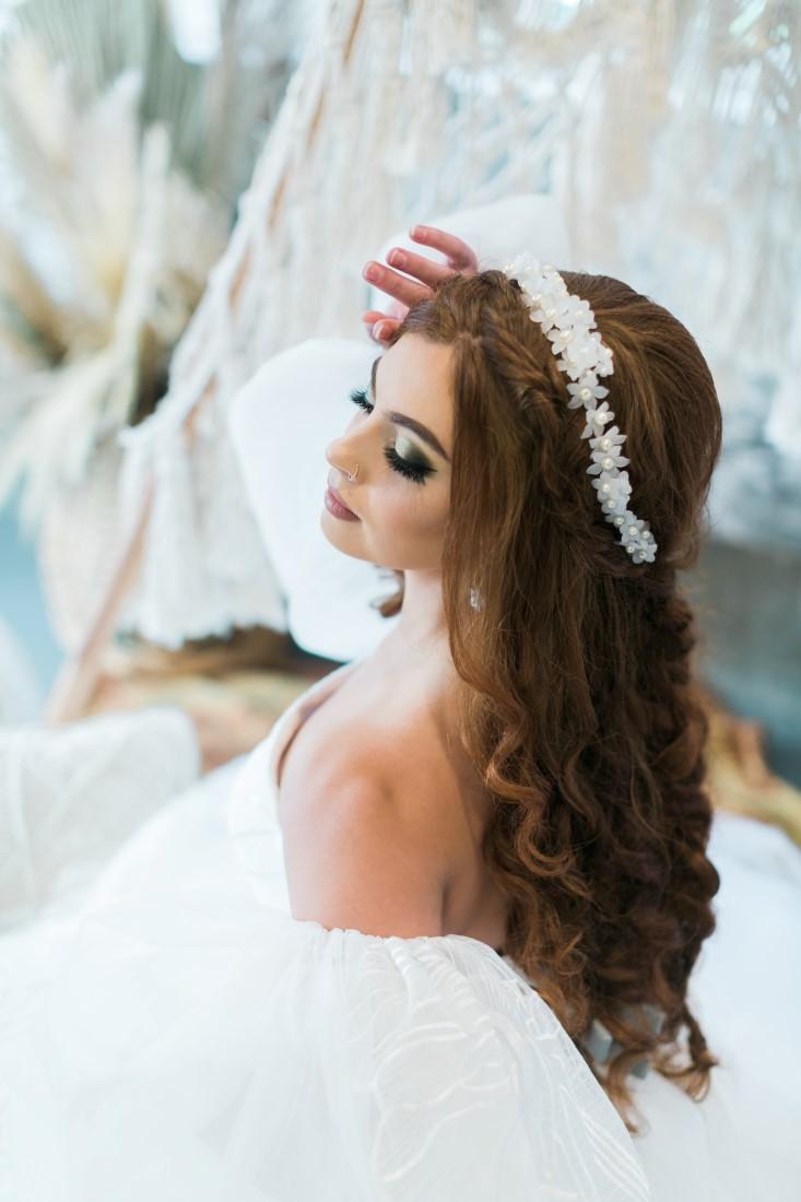 Macramé Boho Simply Sweet Photography bridal hairstyle detail