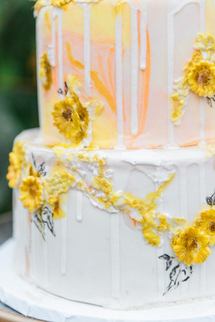 Sunflowers and Sunshine Wedding Inspo closeup of cake