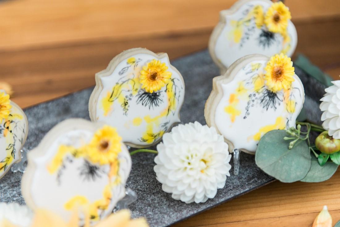 Sunflowers and Sunshine Wedding Inspo sunflower decorated cookies