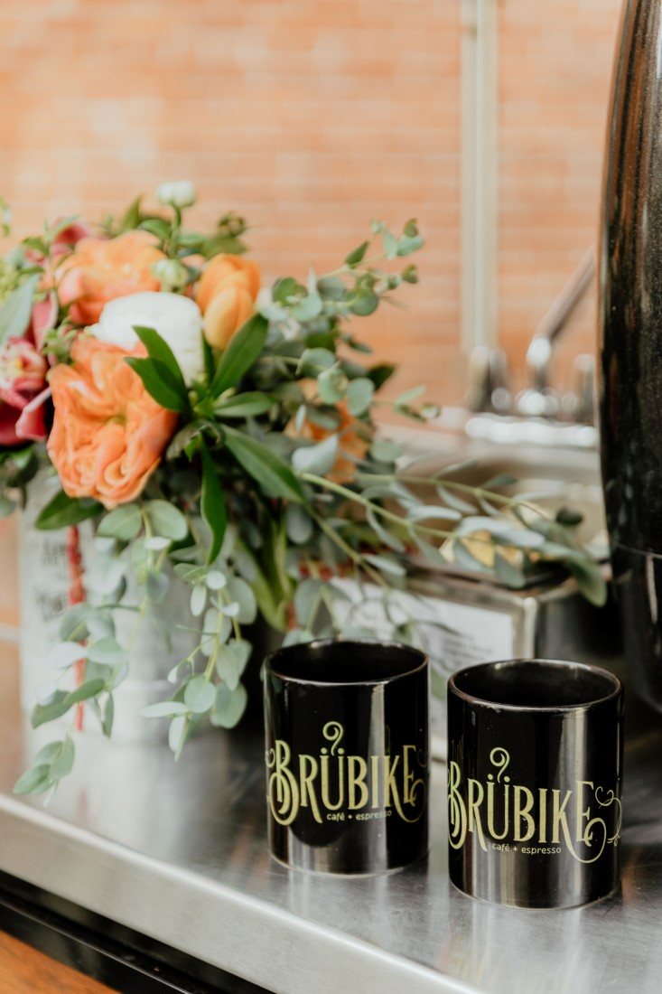 Coffee Love in Comox Valley Luke Liable Photography Bru Bike Cafe + Espresso coffee mugs
