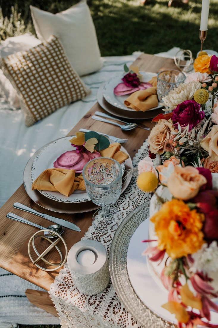 Picnic for newlyweds at HCP Gardens by Sea Tree Weddings Vancouver Island