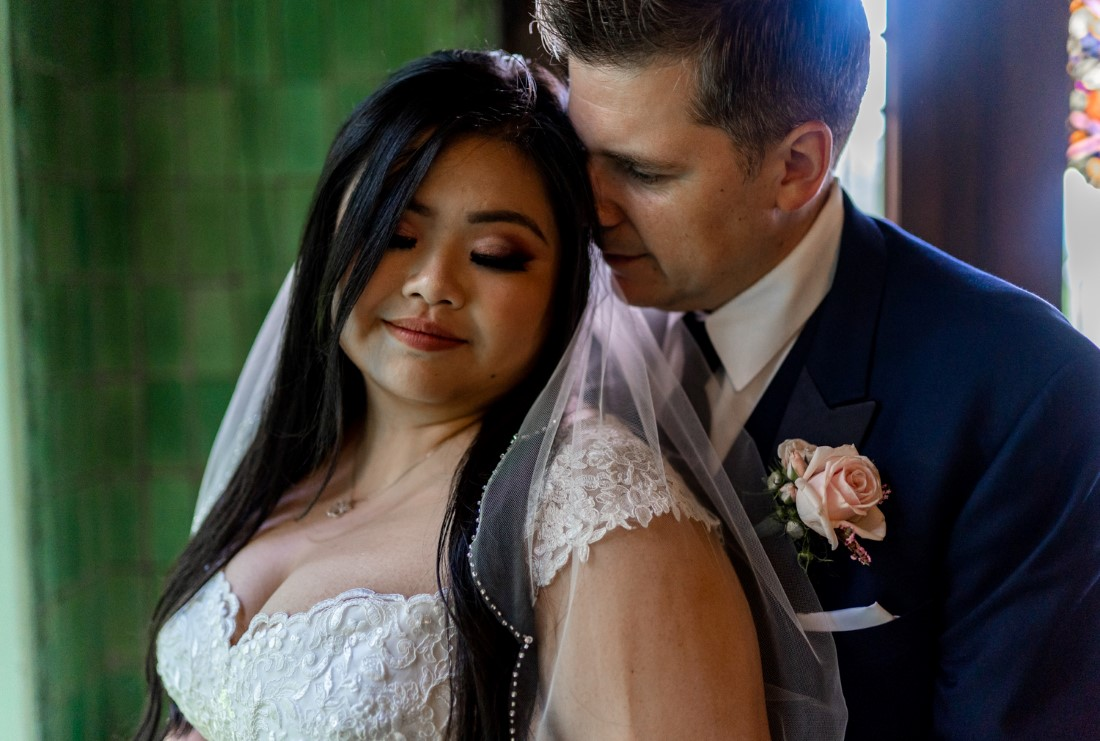 Hycroft Manor Wedding couple intimate photo by Justin Kho Photography